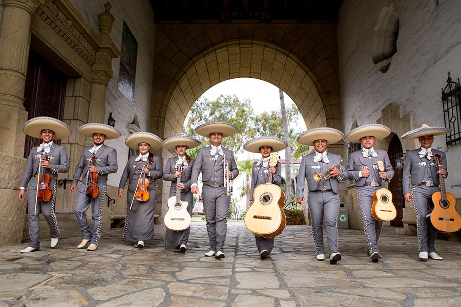 Mariachi Los Toreros de California
